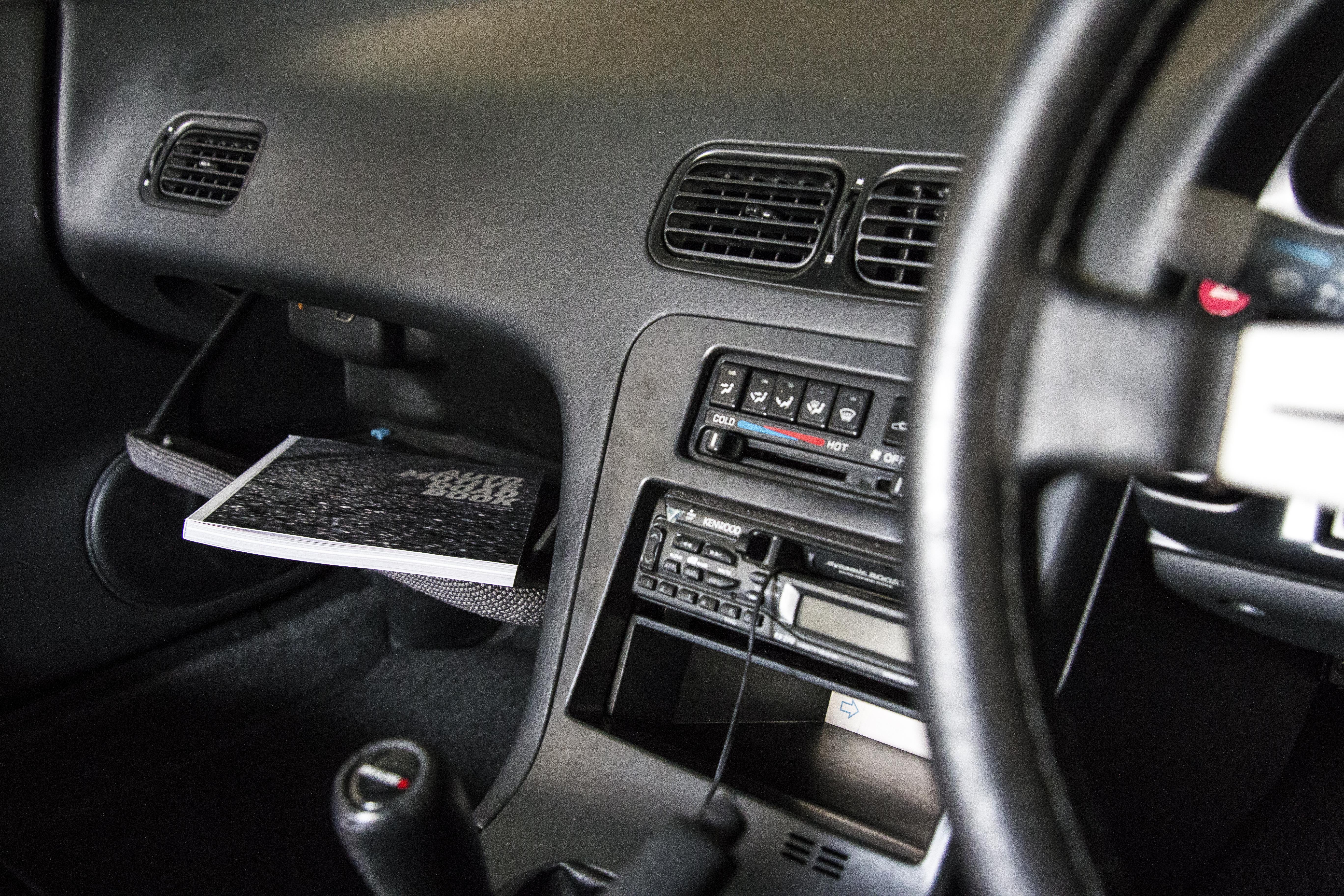 Automotive Roadbook Aufbewahrung